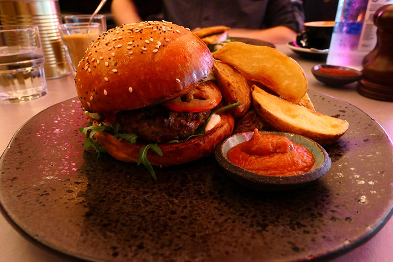 Firedog: Kofta Burger