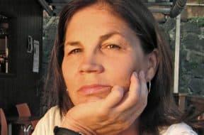 Lorraine Calvert